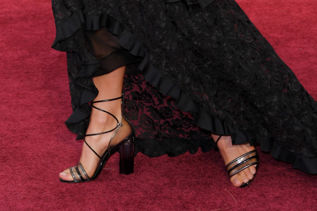 Alicia Vikander Oscars 2017 Red Carpet