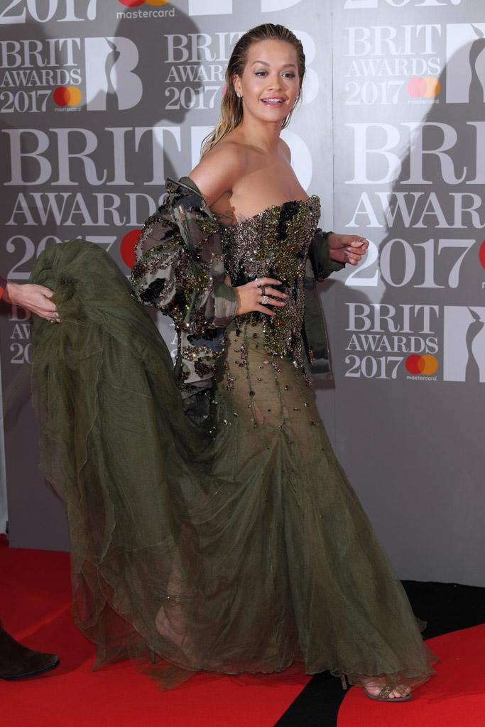 rita ora brit awards 2017 red carpet
