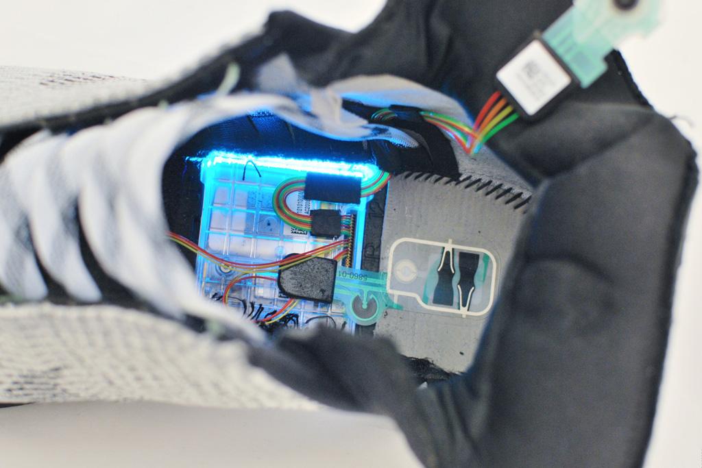 Nike HyperAdapt 1.0 Dissection