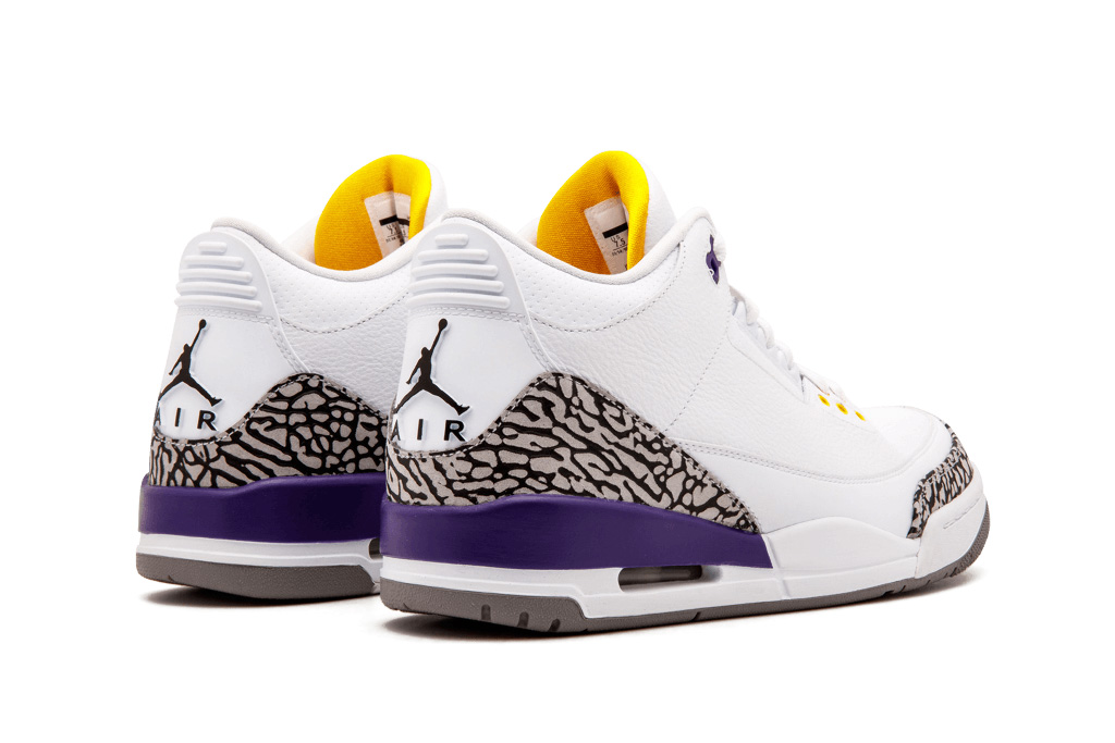 These Unreleased 'Kobe Bryant' Air Jordans Are Selling for ...
