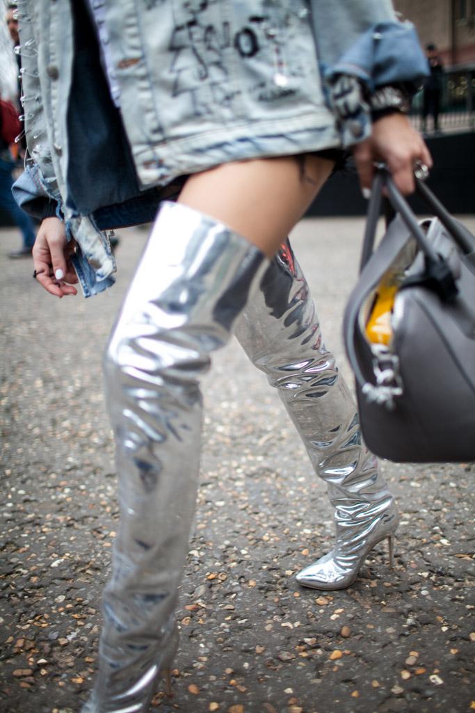 London Fashion Week Street Style Fall 2017