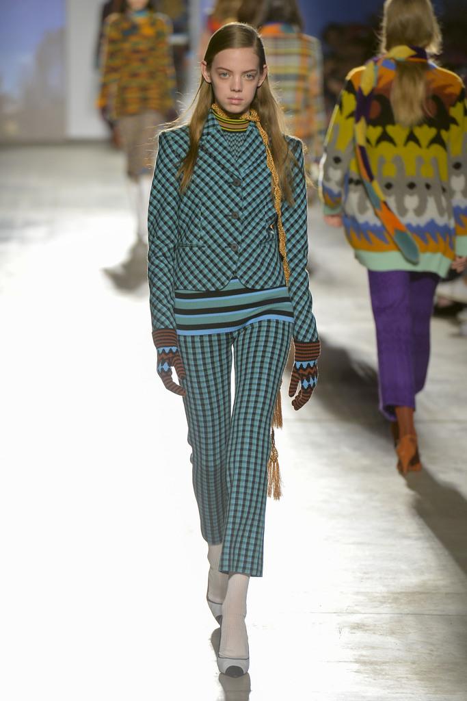 Missoni milan fashion week runway fall 2017