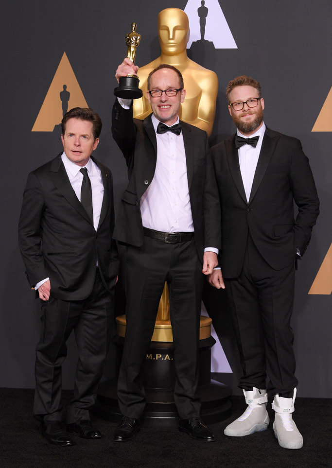 oscars 2017 seth rogen nike air mag sneakers back to the future michael j fox