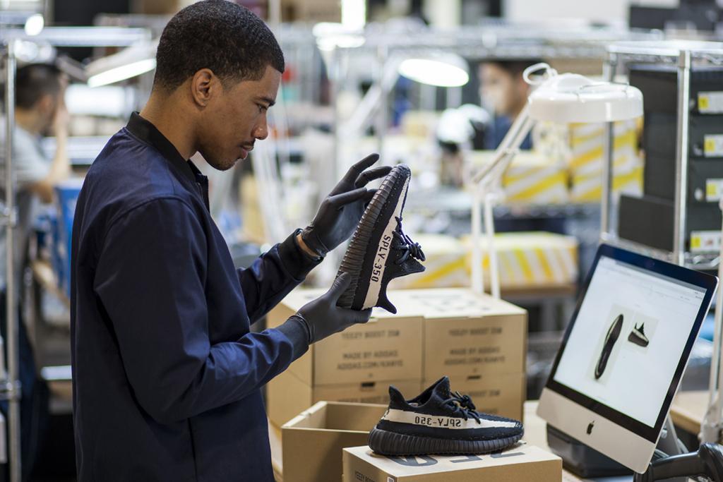 Sneaker Marketplace GOAT Raises $25