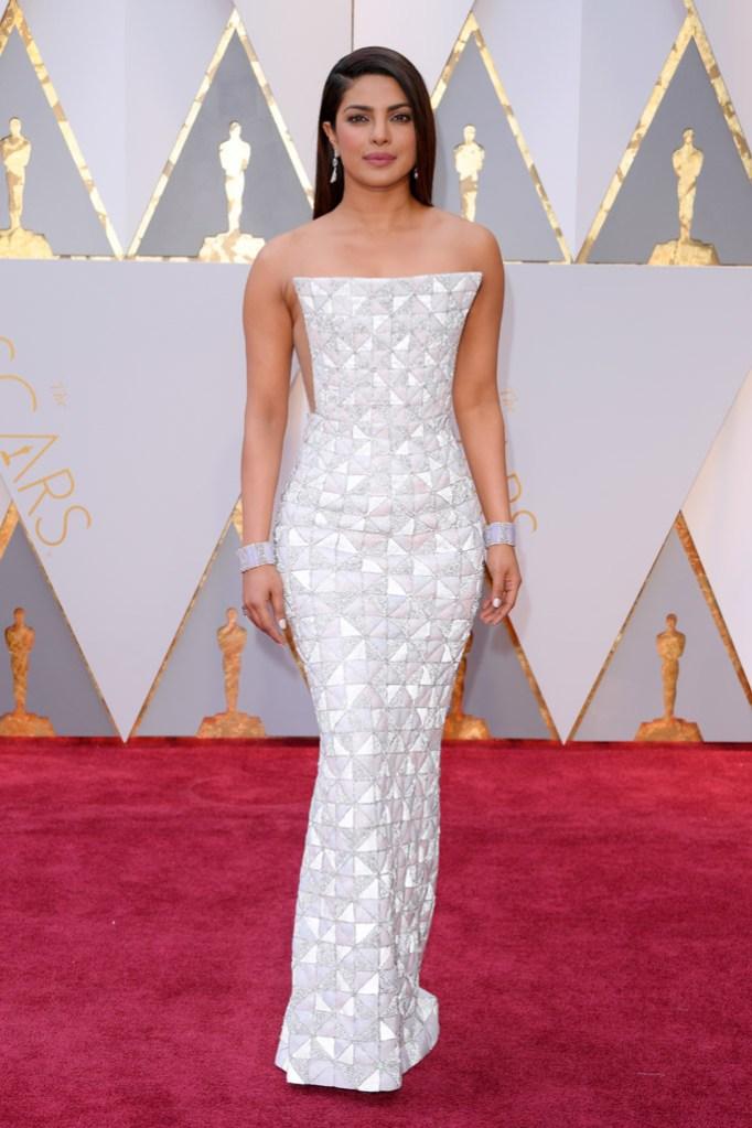 Priyanka Chopra Oscars 2017 Red Carpet