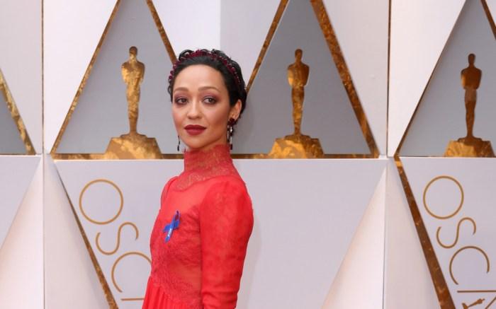 Ruth Negga Oscars 2017 Red Carpet