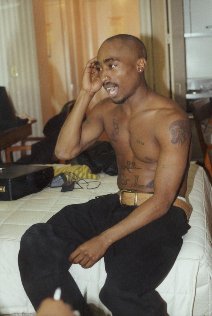 FREE SHIPPING! Brown STANCE 2PAC Tupac socks Men/'s size M bandana,Rap
