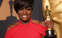 Viola Davis Oscars 2017 Red Carpet