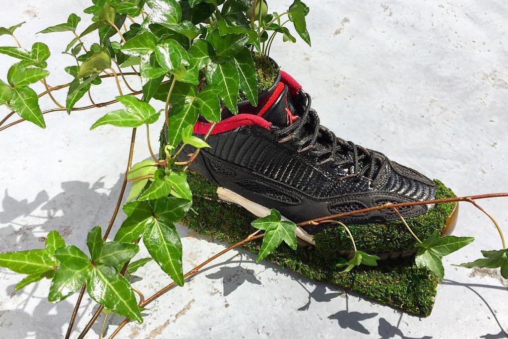 Air Jordan 11 IE Low