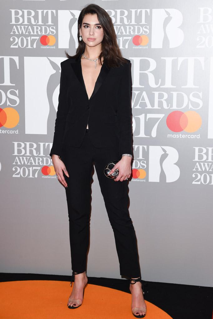 Dua Lipa Brit Awards 2017