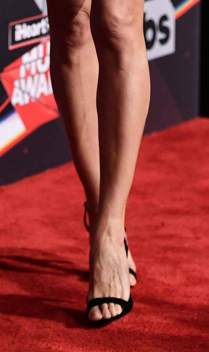 Best Sandals On the ACM Awards Red Carpet - Footwear News