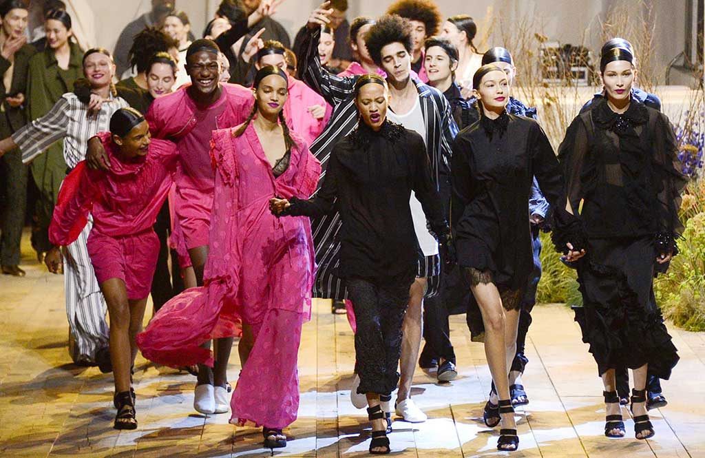 Gigi, Bella Hadid and friends on the H&M fall '17 runway.