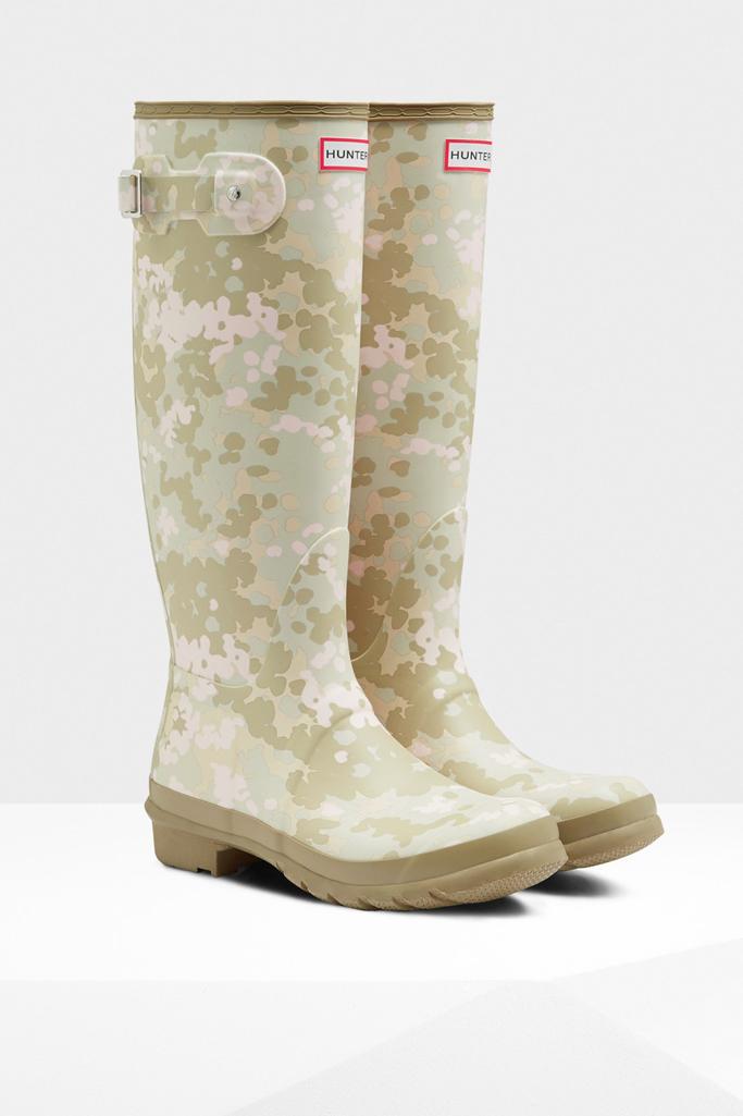hunter pattern rain boots