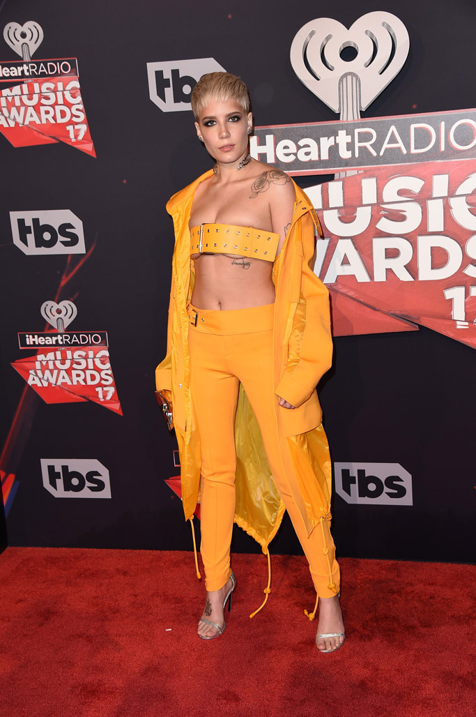 2017 iHeartRadio Music Awards red carpet sandals halsey