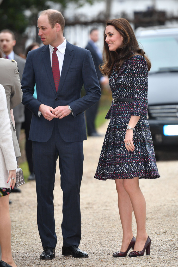 kate middleton hair paris chanel tods heels prince william dresses