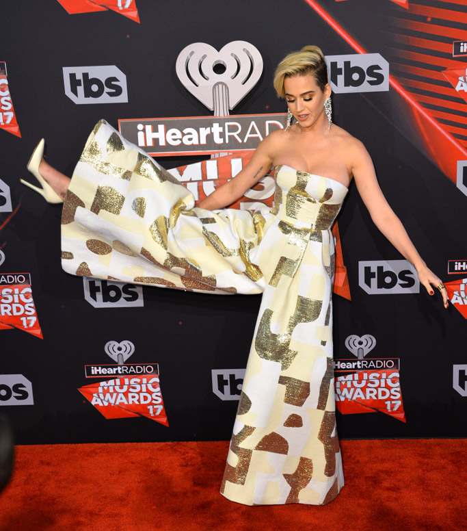 katy perry dress iheartradio music awards 2017 red carpet pants