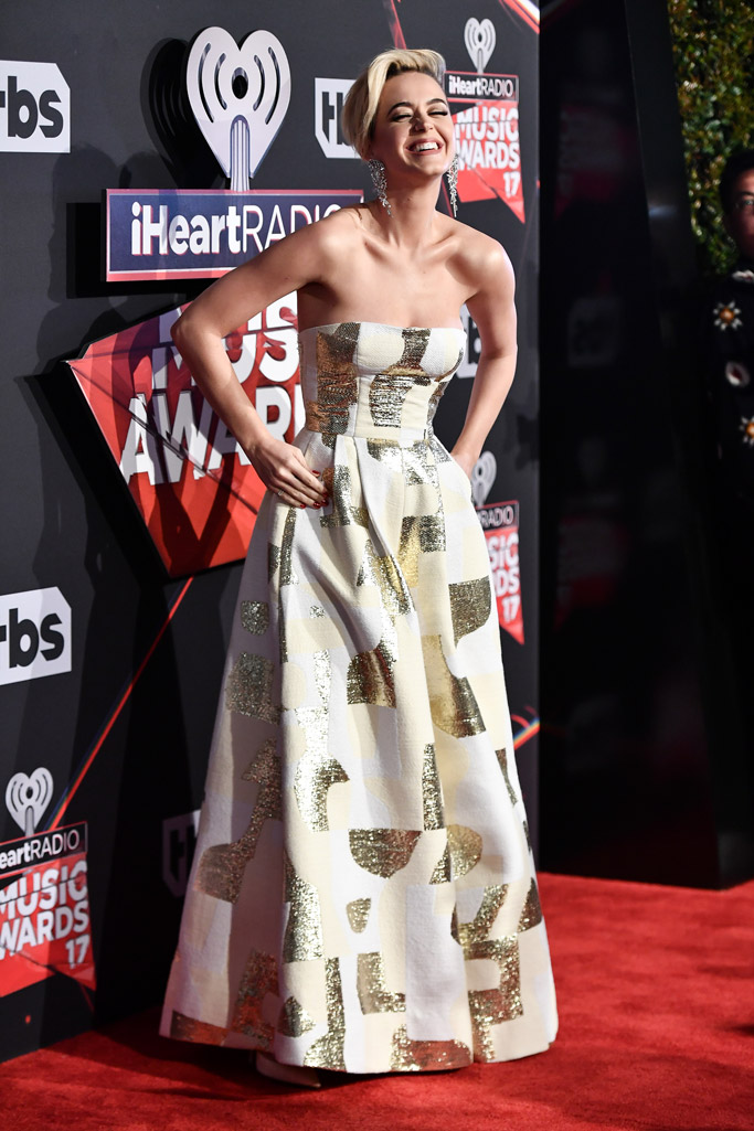 katy perry iheartradio music awards 2017 red carpet