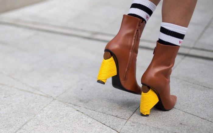 Street Style at Seoul Fashion Week
