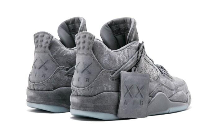 Kaws x Air Jordan 4