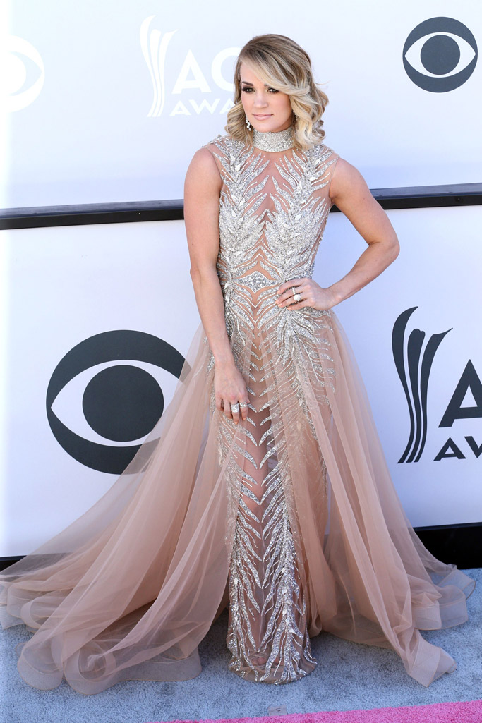 2017 acm awards red carpet Carrie Underwood