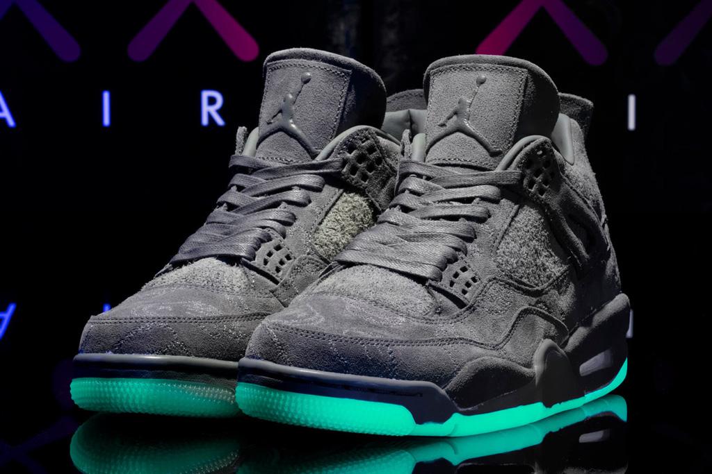 Kaws x Air Jordan 4 – Footwear News