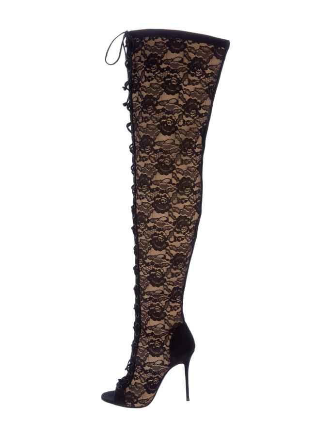 Kylie Jenner Giuseppe Zanotti nude lace boots