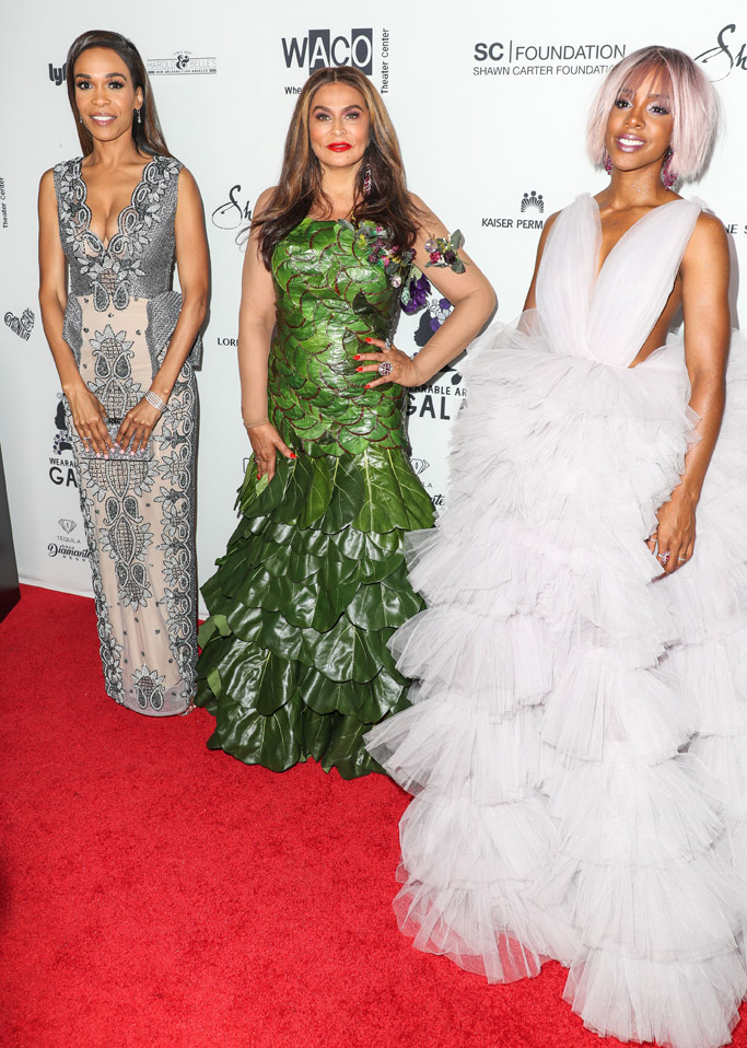 michelle williams kelly rowland 2017 Wearable Art Gala California African American Museum tina knowles celebrities red carpet fashion style dress shoes