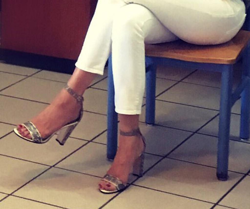 melania trump Rene Caovilla sandals shoes homesafe first lady pedicure feet easter