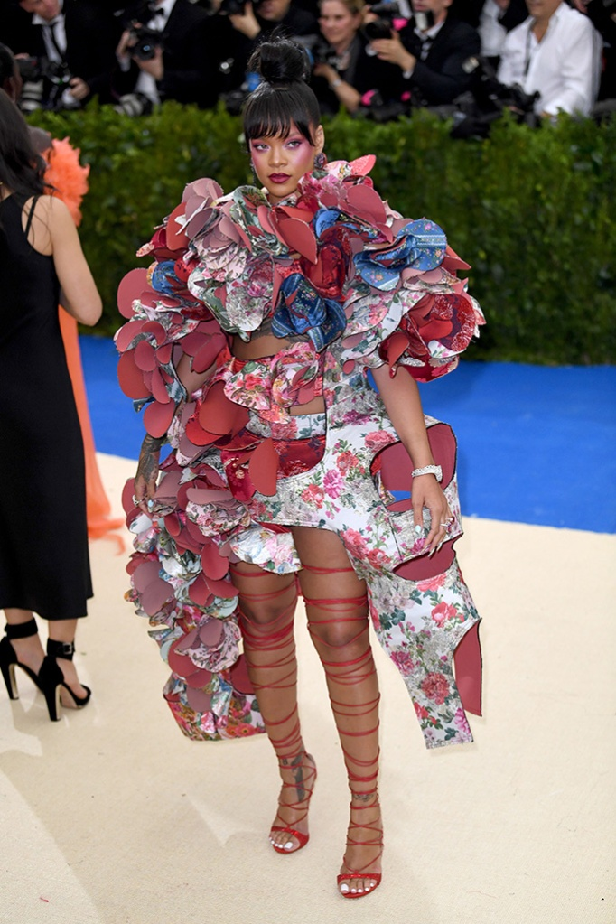 Rihanna at the opening of Rei Kawakubo/Comme des Garcons: Art of the In-Between, commes des garcones, met gala looks