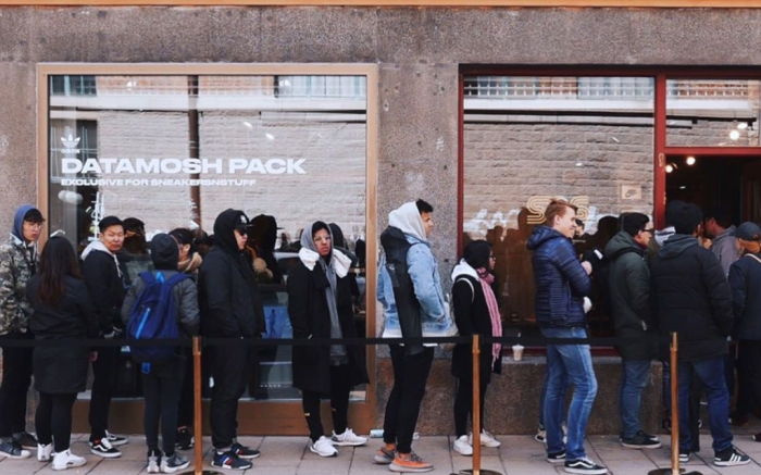 "Sneakersnstuff x Adidas NMD R1 PK ""Datamosh Pack"" Line"