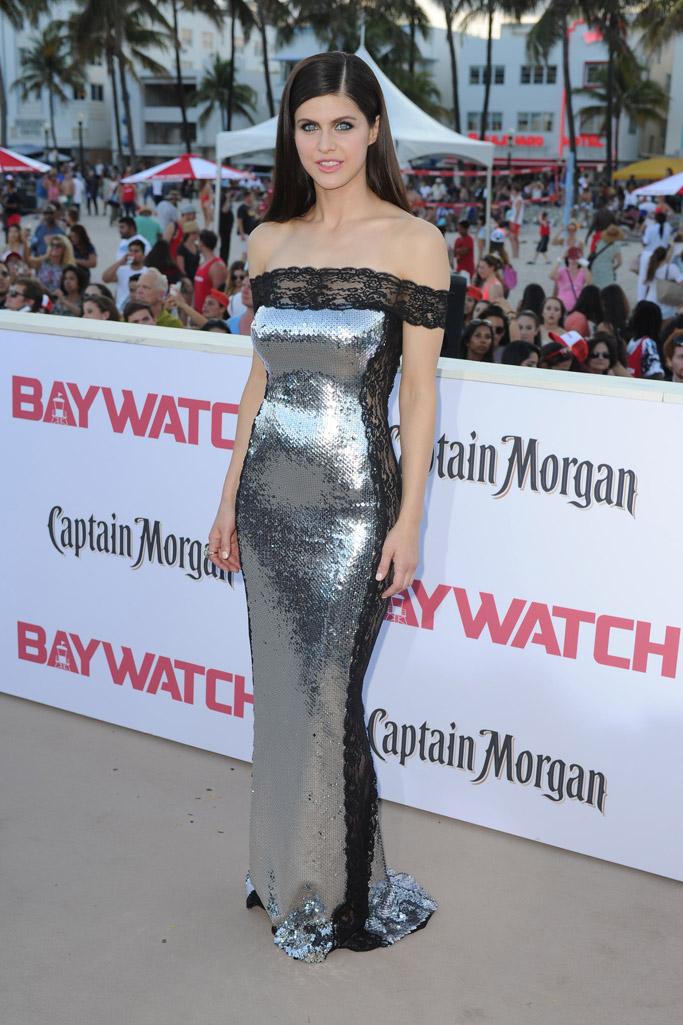 Alexandra Daddario baywatch movie 2017