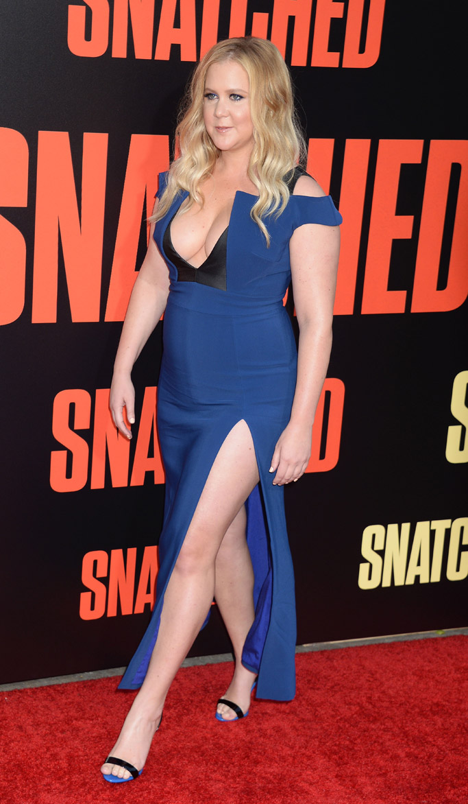 snatched amy schumer goldie hawn red carpet dress heels movie fashion shoes