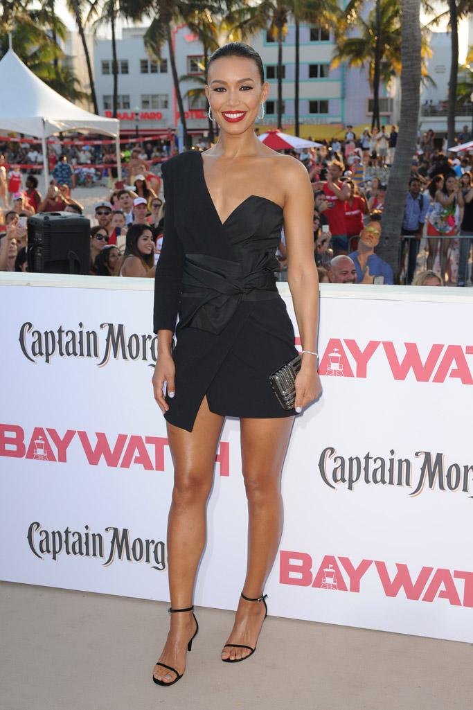 baywatch movie 2017 red carpet Stephanie Holden sandals