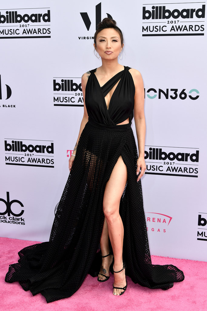 billboard music awards, red carpet, 2017, celebrities, fashion, style, dress, shoes, Jeannie Mai, sandals