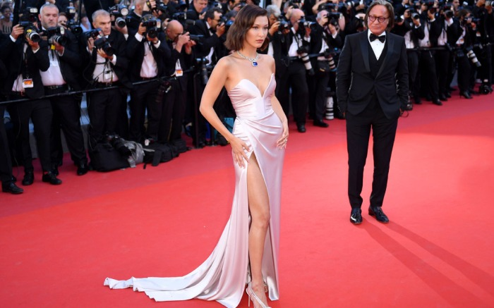 cannes-film-festivall-2017-opening-ceremony-3