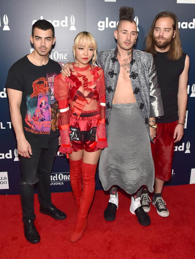 Joe Jonas JinJoo Lee Cole Whittle Jack Lawless glaad media awards red carpet 2017 new york city nyc fashion style shoes dress