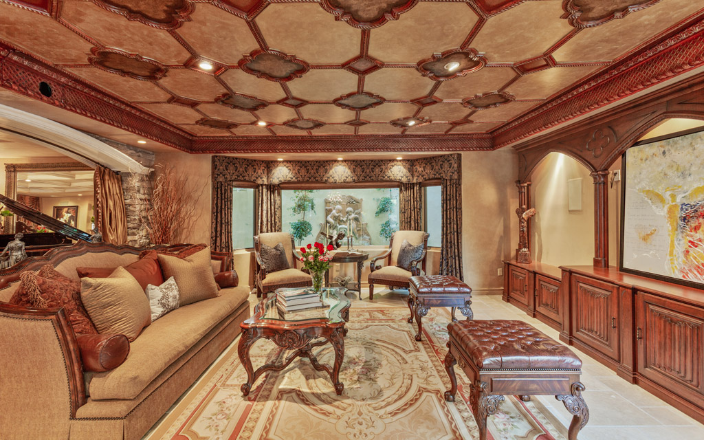 keeping up with the kardashians home fake house Calabasas kim karadshian kris jenner Palazzo Dei Sogni