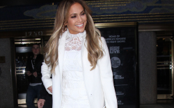 Jennifer Lopez Wore Her $780 Gucci