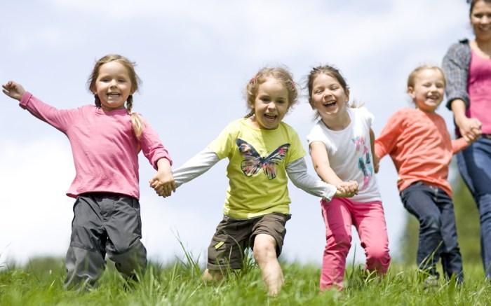 kids playing running
