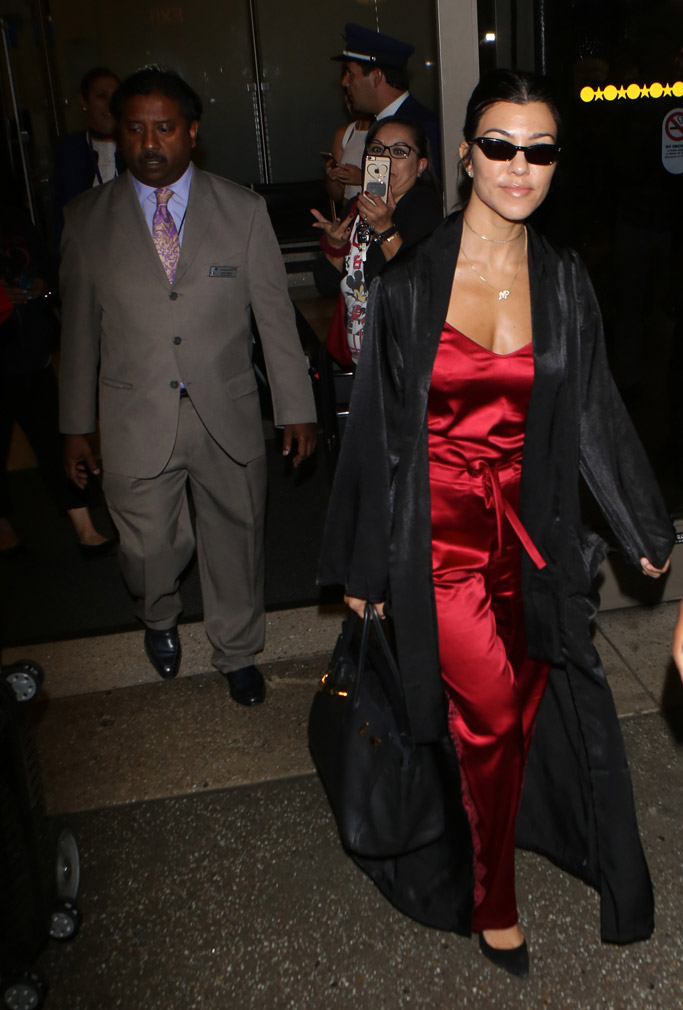 kourtney kardashian, red clothes, outfit, fashion, style, cannes, lax