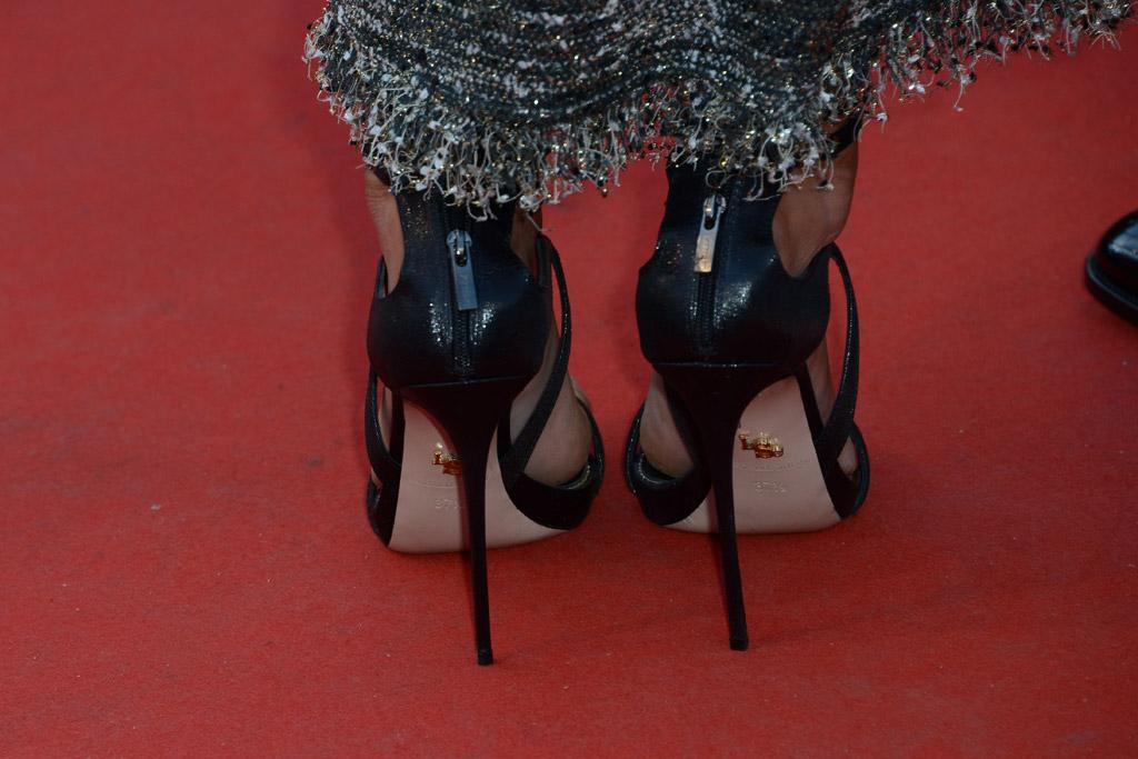 Kristen Stewart, nude, le silla, sandals, feet, shoes, dress, fashion, red carpet, blond, haircut, hair
