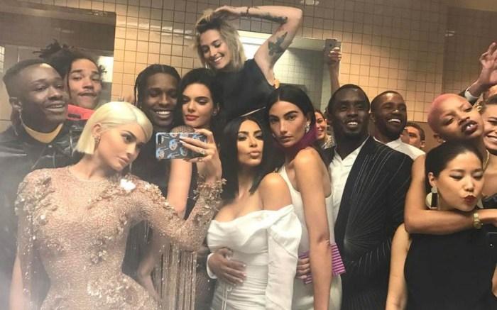 kylie jenner bathroom selfie met gala 2017 kim kardashian diddy asap rocky kendall jenner diddy paris jackson