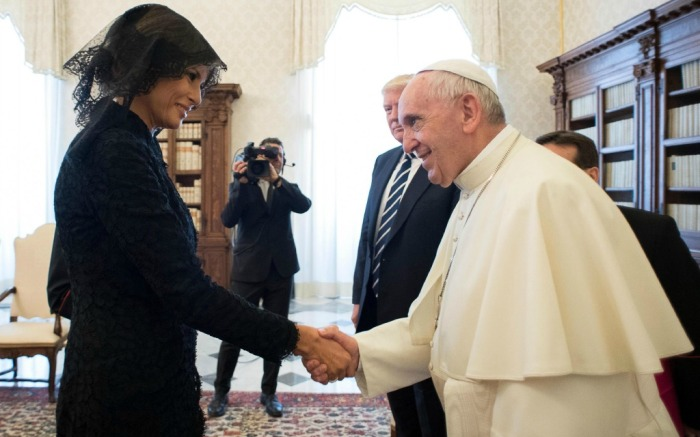 melania pope