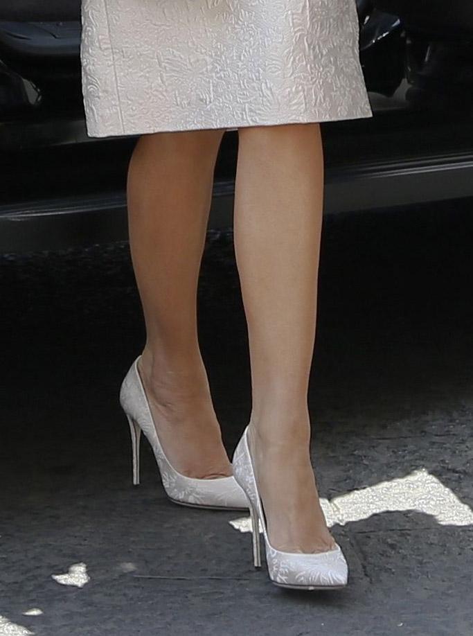 melania trump, italy, style, fashion, first lady, dress, jacket, shoes, dolce & gabbana, g7