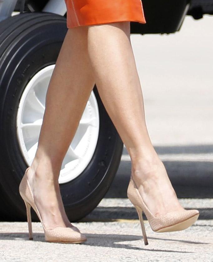melania trump, donald trump, overseas, nude, heels, shoes, fashion, style, saudi arabia