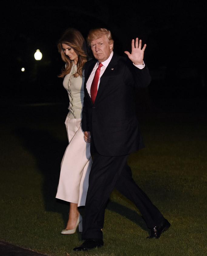 melania trump, dolce & gabbana, donald trump, fashion, style, white house, shoes, pumps, culottes