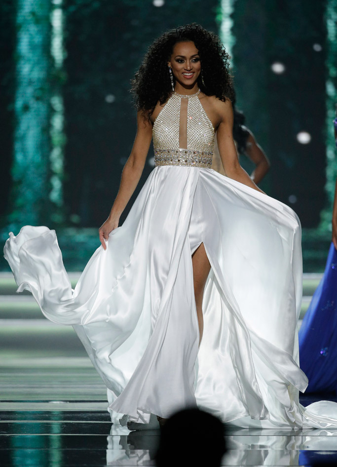 chinese laundry miss usa 2017 Miss District of Columbia Kara McCullough