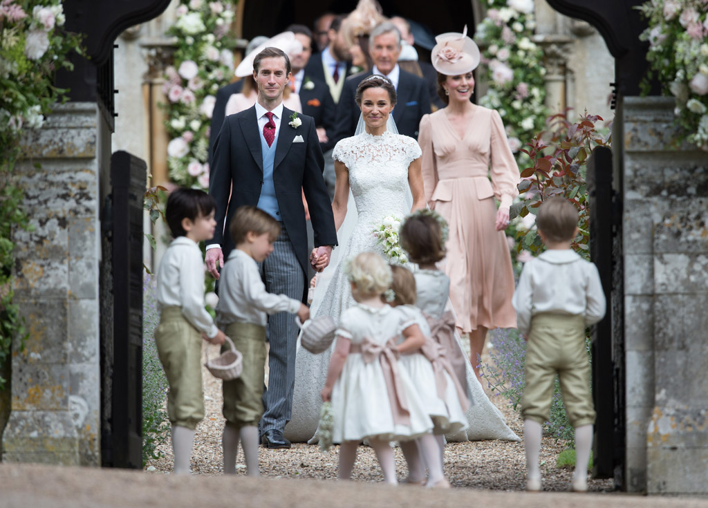 Pippa Middleton James Matthews Wedding Dress Romantic Moment Footwear News