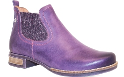 purple chelsea boot from Wanda Panda