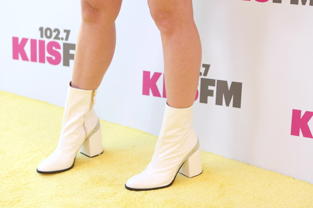 katy perry 2017 Wango Tango Red Carpet Style fashion celebrities performers lineup dress shoes Issey Miyake dear frances